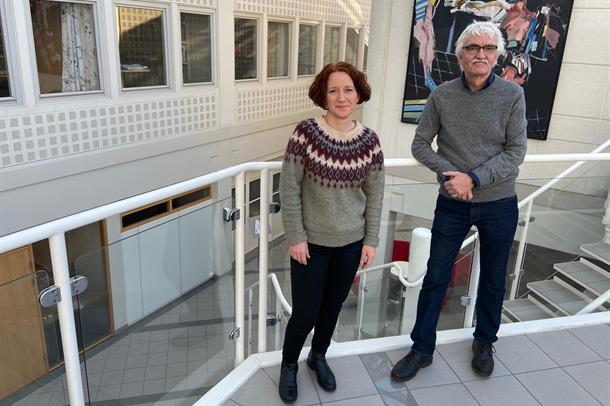 Bilde av forsker Ivar Skeie og ph.d.-stipendiat Anne Berit Bech